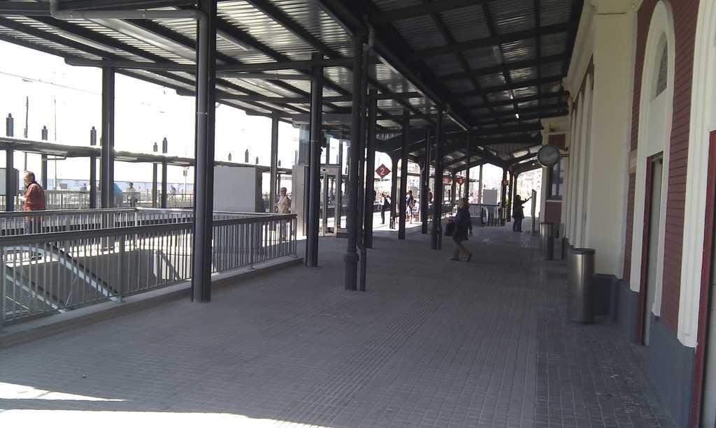 Estació de tren de Badalona
